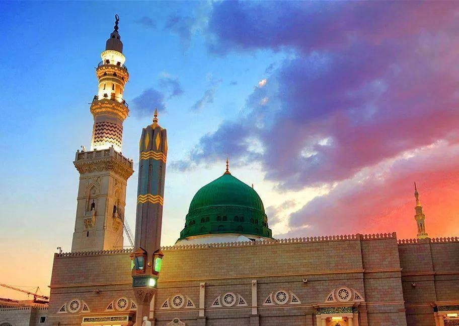 Best Umrah Package, Tour Guide, Travel Agent from Canada